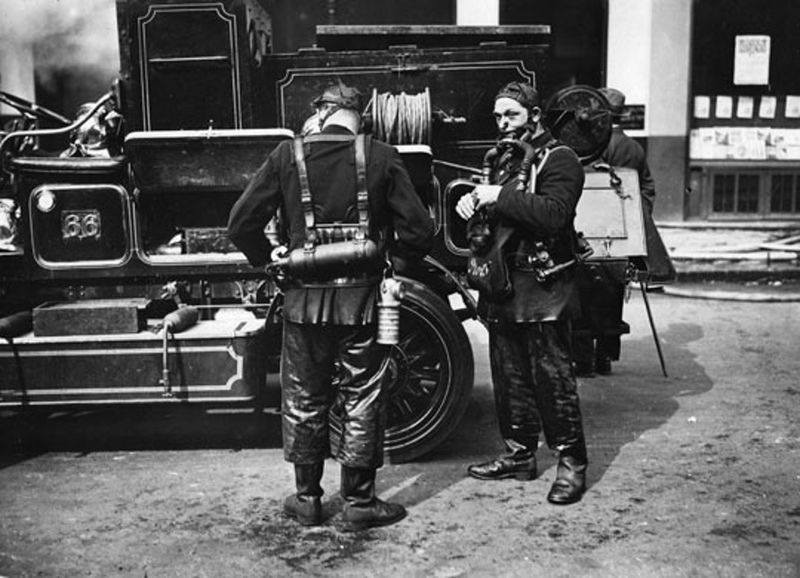 Firefighter-uniforms-1925-008